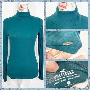 Hollister Green Turtleneck women's size medium